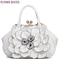 oiseaux volants achat en gros de-Flying birds concepteur femmes sac à main 3D fleur de haute qualité en cuir sac fourre-tout grande femelle sac à bandoulière messenger sacs LM3515fb