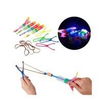 hubschrauber raketenspielzeug groihandel-Erstaunliche LED Licht Pfeil Rakete Hubschrauber Rotierenden Fliegen Spielzeug Party Spaß Kinder Outdoor Flashing Toy Fly Arrow