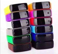 relojes de pulsera unisex al por mayor-Digital Unisex LED pulsera de caucho de silicona Banda inteligente Reloj digital a prueba de agua Reloj de pulsera deportivo para hombres Mujeres envío gratis