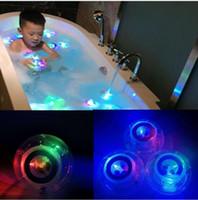küvet led ışıkları toptan satış-Yeni LED Banyo Oyuncakları Parti Küvette Işık Su Geçirmez Komik banyo banyo Küvet LED Işık Oyuncaklar Çocuklar için Küvet Çocuk Komik Zaman
