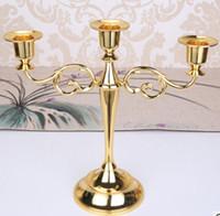 ingrosso candelabri in argento placcato-Portacandele in metallo placcato argento oro nero 3 braccia 5 bracci in lega di zinco pilastro di alta qualità per matrimonio candelabro portacandele titolare