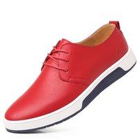 ingrosso marche coreane scarpe uomini-2018 nuovi uomini di affari di grandi dimensioni scarpe casual di lusso marchio di gioielli coreano di lusso confortevole abito piatto scarpe Oxford scarpe bianche nere
