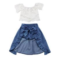 beyaz denim şort çocukları toptan satış-2018 Çocuk Giyim Seti Kız Elbise Moda Bebek Kız Giysileri Dantel Beyaz Tops + Denim Şort + Fırfır Yay Etek Çocuk Giysileri Y1892604