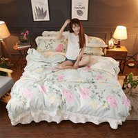 beds doubles Canada - Luxury pastoral style bedding sets double ruffle lace flower duvet cover wrinkled bedspread bed sheet 4pcs princess bedclothes