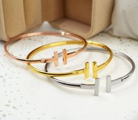ingrosso ornamenti alla moda-aperture alla moda, braccialetto I, stile semplice da donna, bracciale T in oro rosa, bracciale con diamanti, ornamenti in lega liscia