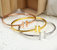 bijoux simples en diamant achat en gros de-ouvertures à la mode, je bracelet, style simple de dame, bracelet en or rose T, bracelet de bijoux en diamant, ornements de main en alliage lisse