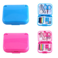 Wholesale button sets - Portable Travel Sewing Set Kits Storage Box Needle Threads Scissor Thimble Buttons Pins Home Tools Sewing Accessories DDA494