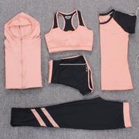 yoga spor salonu şortları toptan satış-Yeni Yoga Takım Elbise Kadın Spor Giyim Spor Koşu Eşofman Spor Sutyeni + Spor Tayt + Yoga Şort + Üst 5 Parça Set Artı Boyutu M-3XL