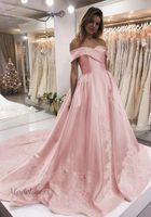 lentejuelas color rosa caliente formal al por mayor-Vestidos de baile rosa fuera del hombro Tops una línea de satén apliques de encaje Lentejuelas elegantes vestidos de noche formales para ocasiones especiales 2018 caliente