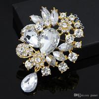 ingrosso marca cc-All'ingrosso- Carino femminile di cristallo con strass spilla Wedding Bouquet Fashion Jewelry Marca CC Brooch Pins per le donne Regalo di Natale