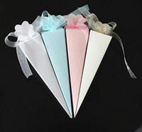 novas caixas de presente do bebê venda por atacado-Caixa de Presente de Casamento novo e Festivo Cones De Papel De Casamento Caixa De Doces Favores Casamento Cones Emballage Baby Shower Embalagem Caixa