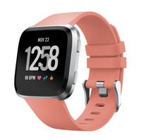 verstellbare silikonarmbänder großhandel-für Fitbit Versa Bands, verstellbare Silikon Ersatz Sport Armband Armband für Fitbit Versa Smartwatch Fitness, Zubehör Armbänder