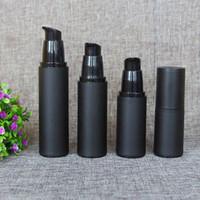 havasız şişeler kozmetik toptan satış-20 ml 30 ml 40 ml 50 ml Boş tüm siyah buzlu havasız losyon pompası şişe PP havasız pompa siyah Kozmetik havasız doldurulabilir şişe