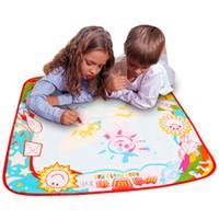 sihirli doodle kalemler toptan satış-Bebek Çocuk Sihirli Kalem ile Su Ekleyin Doodle Boyama Resim Su Çizim içinde Istihbarat Oyuncaklar Kurulu Çizim Mat Kağıt Oyna
