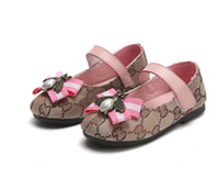 Wholesale girls hard soled shoes for sale - 2019 New Girl s lovely soft soled loafers bowknot sprinting baby s hook and loop fasteners casual shoes The little angel s gift
