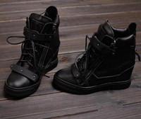ingrosso cunei in pizzo nero-2016 Fashion New Brand High Top Zeppe Sneakers Donna Stivali All'interno delle scarpe High-top in pizzo doppio ferro Lenzuolo stivali neri Scarpe