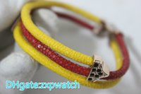 bracelet en or jaune pour homme achat en gros de-Bracelet en cuir véritable Stingray jaune rouge avec métal en or rose 18 19 20cm bracelets pour hommes bijoux de luxe mode couleurs