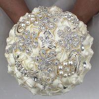 çiçek broşları toptan satış-18 CM Lüks Fildişi İpek Gül Düğün Çiçekleri Kristal Broş Gelin Tutan Çiçekler Püskül Tam Elmas Dikiş Düğün Buket