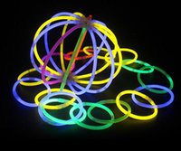 neon-stick lichter großhandel-FreeShipping Multi Farbe Knicklicht Armband Halsketten Neon Party LED Blinklicht Stick Zauberstab Neuheit Spielzeug LED Gesangskonzert LED Flash Stic
