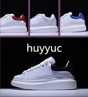 Wholesale cheap wedding shoes ivory - 2018 Luxury Designer Men Casual Shoes Cheap Best High Quality Mens Womens Fashion Sneakers Party Wedding Shoes Velvet Sports Sneakers Tennis
