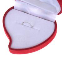 кошелек маникюр оптовых-Красное сердце форма бархат кольцо коробка обручальное свадьба ювелирные коробки Роза цветочный дизайн подарки держатель для любовника Оптовая