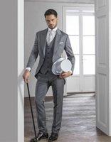 gri ustura stilleri toptan satış-Sabah Tarzı Gri Tailcoat Damat Smokin Eiegant Erkekler Düğün Aşınma Yüksek Kalite Erkekler Örgün Balo Parti Suit (Ceket + Pantolon + Kravat + Yelek) 981