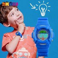 jungen beleuchtung uhr großhandel-SKMEI Neue Sport Kinder Uhren Mode Alarm Uhr Kinder Zurück Licht Wasserdicht Jungen Digital Armbanduhren Mädchen Relogio Infantil