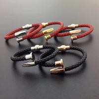 bracelets de style gratuit achat en gros de-2019 Nouvelle arrivée Paris style homme bracelet avec cuir géniuine en acier inoxydable 316L amour punk rouge et noir couleur bracelet à ongles bijoux livraison