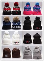 gorro pom venda por atacado-New Design chapéus Gorros gorro barato Gorro Pom Beanie chapéus Gorro de lã Outono inverno bonés Sprot homens chapéu Chapéu de lã diamante