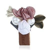 ingrosso spille in pelle-Perle di moda Fiori Spille Pins Spille in pelle da sposa fatti a mano da donna per banchetti femminili accessori per feste