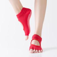 dedo del pie de yoga al por mayor-Calcetines de yoga antideslizantes de cinco dedos del dedo del pie, de secado rápido, medias, calcetines deportivos para el piso, buen agarre, mujeres, calcetines de algodón y pilates