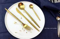 ingrosso set da pranzo nero-Set di posate di marca di vendita calda Set di posate di acciaio inox 304 4 pezzi Set di posate di coltello nero da tavola Portogallo Posate d'oro