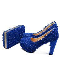 ingrosso pompa di pizzo blu-Bellissime pompe da donna in pizzo blu con borsa coordinata Tacco grosso scarpe da damigella d'onore con borsa da sposa