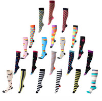 Wholesale high price fashion brands online - 21 styles fashion socks Cotton floral Socks Sports elastic compression socks high long tube running compression quality with cheap price