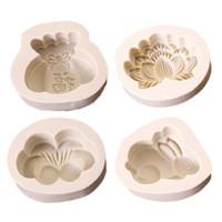 molde en forma de luna al por mayor-4 estilo de Dibujos Animados Conejo Mariposa Lucky bag Lotus forma Hornear Herramientas de Silicona Moon Cake Mold Bendición DIY Moon Cake Molde