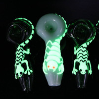 Wholesale glow dark animals for sale - Glow in dark Small Glass Hand pipe glass Spoon Pipes animal smoking pipes Luminous water pipe Inches hand glass Bongs