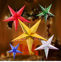 бумажные абажуры оптовых-Дешевые рождественские украшения фонарь пентаграмма абажур Звезда бумажный фонарь висит свадьба Рождество аксессуары для вечеринок фонарь 30 см