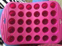 silikon-gummi-form diy groihandel-Umweltfreundliche hohe Qualität Silikonkautschuk Standards 30 Mini Blumen Canneles Backformen Diy Kuchenform Cupcake Backen