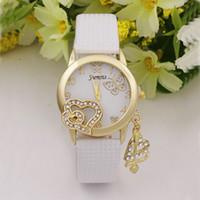 schmetterling geformte uhr groihandel-Herzförmiger Schmetterling Dekoration Anhänger Armbanduhr Lady Diamond Anhänger Lady Watch Armbanduhren