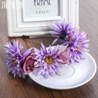 gelin kafa bandı beyaz çiçekler toptan satış-Haimeikang Beyaz Boho Kadınlar Çiçek Hairbands Festivali Saç Aksesuarları Tiaras Romantik Gelin HeadBand Çelenk Kızlar Şapkalar