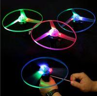 ufo yenilikleri toptan satış-Yenilik çocuk Oyuncak İnanılmaz LED Uçan Ok Helikopter Spor Eğlenceli Yanıp Tel UFO Doğum Günü Partisi Malzemeleri çocuk Hediyeleri
