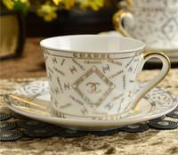 tasses à thé achat en gros de-Luxury Drinkware 3 pcs Set de thé en céramique européenne Set de café en porcelaine Coffee Pot Coffee Jug Cup Saucer set CT20