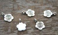 ingrosso connettori di fascino di fiori-50pcs / lot - Ciondolo charm charm 16x10mm per bail a cabochon con motivo floreale color argento