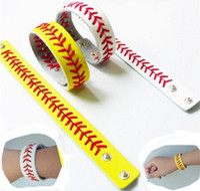 spor dekorasyonları toptan satış-Moda Spor Seamed Deri Bilezik Balıksırtı Beyzbol Softbol Bilek Kayışı Kadın Erkek Bilezik Yapış Takı Parti Dekorasyon GGA739