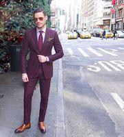 ingrosso mens di cappotto borgogna-Ultimo Coat Pant Designs Borgogna Mens Abiti Slim Fit Due bottoni Smoking da sposa sposo Cheap Plus size Tailleur Suit (Jacket + Pants)