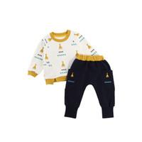 zwei jungen mädchen babys großhandel-Baby-Strickjacke-Hosen-Klage-Jungen-Mädchen-Herbst-Frühlings-zweiteilige Kleidungs-Sätze langärmliges Hemd Rundhals-Baumwolle-zufällige Ausstattungen 1-4T