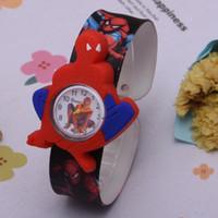 relojes hombre araña al por mayor-Silicona Coloful Candy Cartoon Slap relojes 3D Kid Watch Spiderman Batman niños niños Conejo de dibujos animados Snap bofetada relojes.