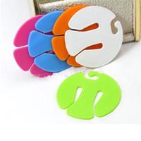 fabrik direkt socken großhandel-Bunte Socken-Klammern-runde Plastiksortierer-Halter Portable einfach, Socken-Fabrik-Großverkauf zu tragen 0 5fy BB