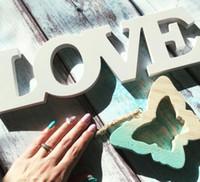 sinal de favor do partido venda por atacado-Festa de Amor Branco Letras De Madeira Romântico Do Vintage Decoração de Mesa de Casamento Autônomo Casamento Favor Adereços Foto Adereços