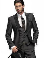 krawatte silber grauer anzug großhandel-Slim Fit One Button Bräutigam Smoking Holzkohle Grau Best Man Peak Schwarz Revers Groomsmen Männer Hochzeitsanzüge Bräutigam (Jacke + Hose + Tie + Weste)